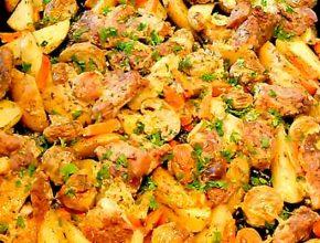 мясо с грибами и картошкой